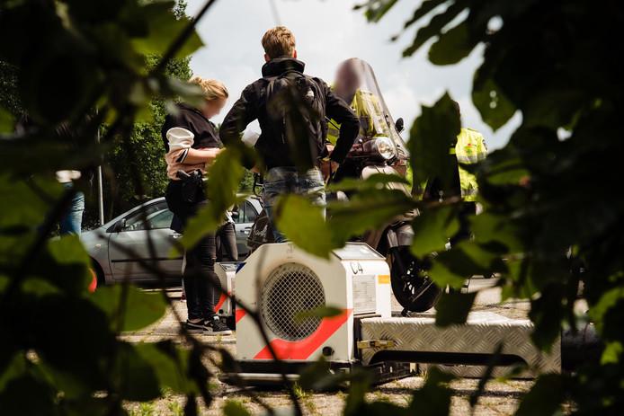 De politie is een project gestart om de overlast die scooterrijders veroorzaken in het Matenpark terug te dringen.