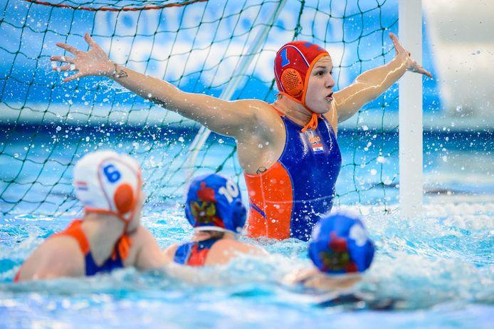 Laura Aarts in actie voor Oranje in 2018, vlak voor het gouden EK.
