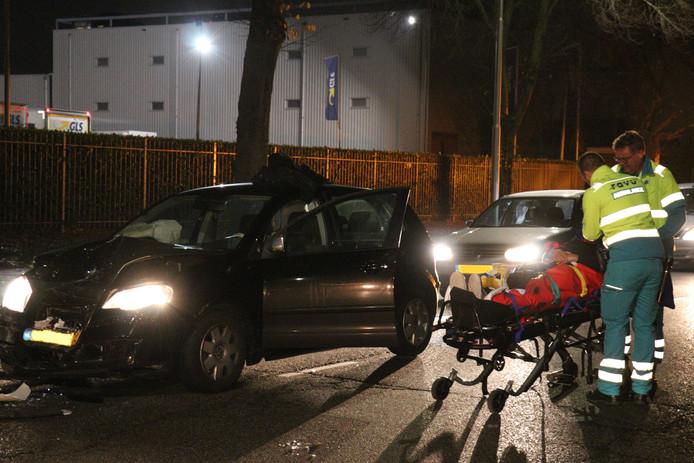 De automobilist raakte bij het ongeval gewond.