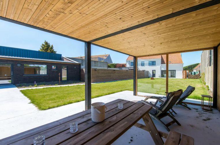 Karl Vannieuwkerke verhuurt huis tijdens zomermaanden
