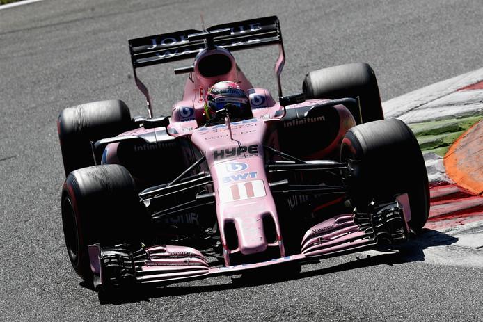 Sergio Perez in actie op Monza.
