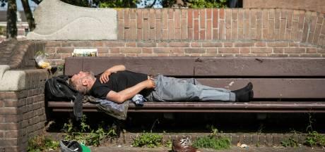 'Daklozen Hoeksche Waard die niet willen worden opgevangen deze winter, worden bezocht'