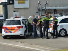 Pool met mes staat toevallig tegenover beveiligster in opleiding bij tankstation (31) Breda: 'Ik nam hem niet serieus'