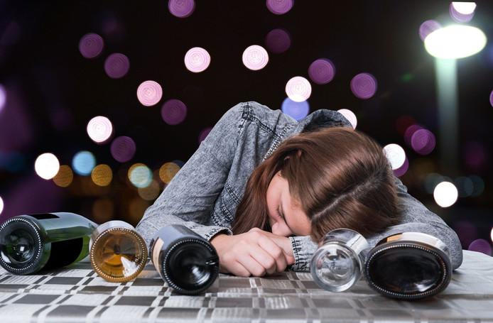 Barmedewerkers in Hulst zitten vaak te slapen als ze alcohol verkopen.