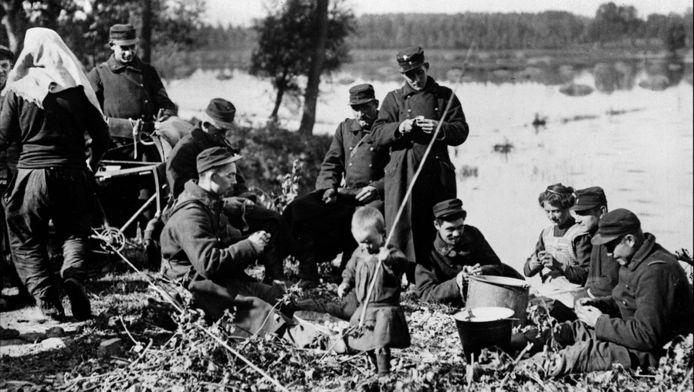 Soldats belges sur le front de l'Yser