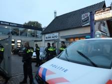 Politie-inval bij autobedrijf in Soest