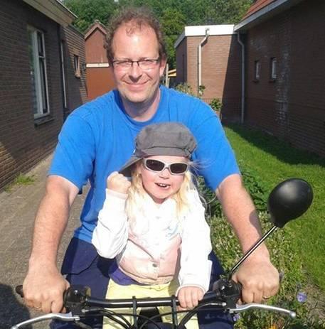 Jan van der Aa (39) met dochtertje Lieke (5).