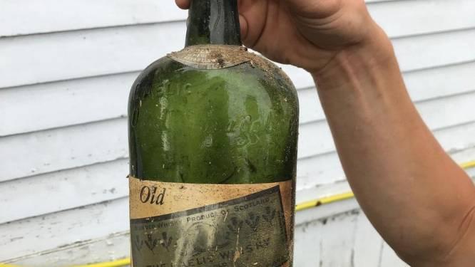 """Amerikaans koppel vindt 66 flessen illegale whiskey in huis: """"Onze muren bestaan uit drank"""""""