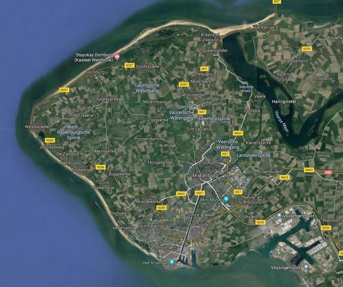 Gemeenteraden moeten het eilanddenken loslaten, vindt de Commissie Regionale Zaken Walcheren.