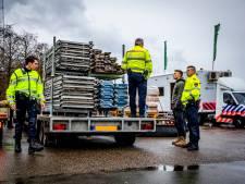 Grote verkeerscontrole op Reedijk in Heinenoord is oefening voor politiestudenten