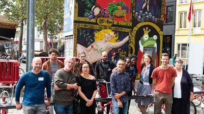 Openluchtdiner op De Coninkplein tijdens Festival Royal