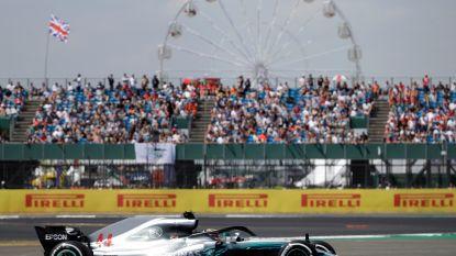 Hamilton snelt met baanrecord op Silverstone naar polepositie, Stoffel Vandoorne zeventiende