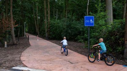 Van illegaal naar officieel én verhard fietspad