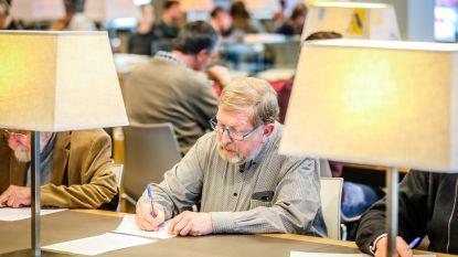 Ambtenaar Jean (54) is kampioen oud handschrift ontcijferen