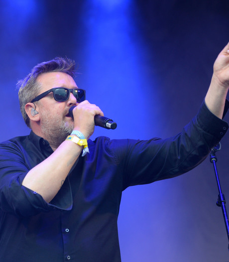 Elbow surpriseact op Glastonbury