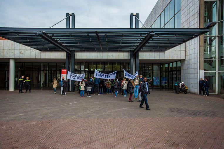 Protest tegen de bezuinigingen Beeld Het Parool/Maarten Brante