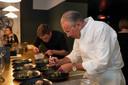 Peter Goosens in zee met Dim Dining