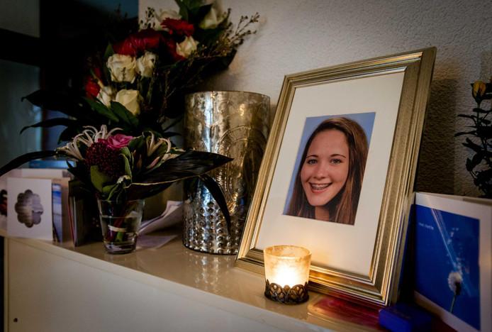 Dascha overleed in november 2015 toen zij tussen Hilversum en Hollandsche Rading onder een trein terechtkwam.