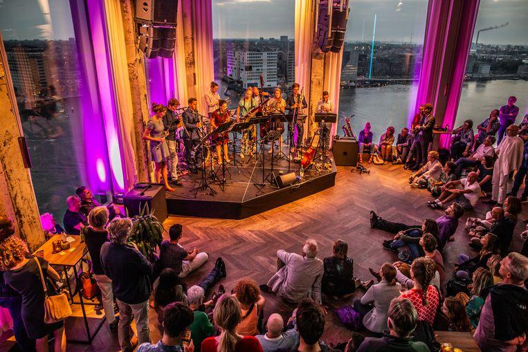 Grachtenfestival Clubtoer: TenToon Ensemble met Syrische muzikanten