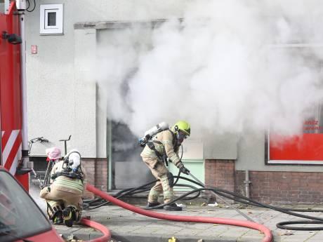 Hennepkwekerij aangetroffen na brand in naastgelegen snackbar Schiedam
