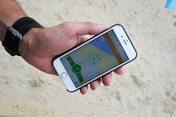 Via een app kunnen ouders zien waar hun kind uithangt.