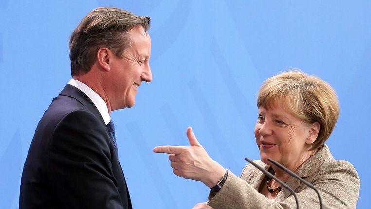 Cameron en Merkel in mei. Beeld EPA