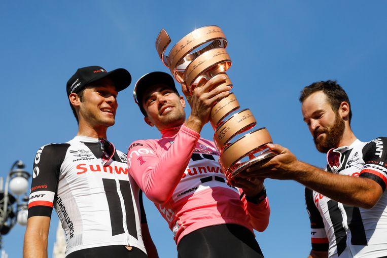 Preidler, Dumoulin en Geschke op het erepodium van de Giro d'Italia in 2017. Beeld ANP