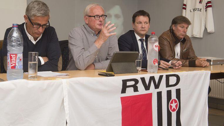 Thierry Dailly, Philippe Housiaux, Marc Cortois en Danny Ost tijdens de persconferentie van gisteren.