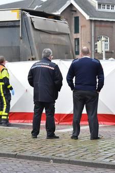 Fietsster overleden bij aanrijding met vrachtwagen in centrum van Breda