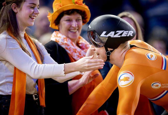2020-03-01 16:36:22 BERLIJN - Harrie Lavreysen wint de finale Sprint op de laatste dag van de wereldkampioenschappen baanwielrennen. ANP KOEN VAN WEEL