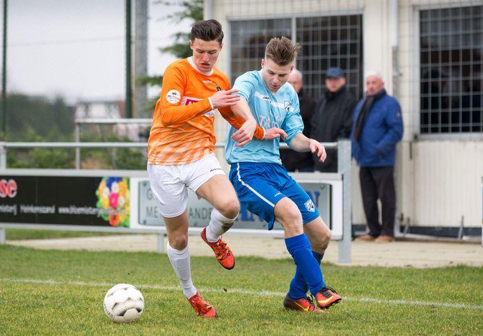 FC De Westhoek in blauw tenue.