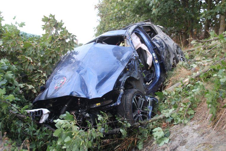 De verhakkelde Jaguar van Georges Taillieu (64)