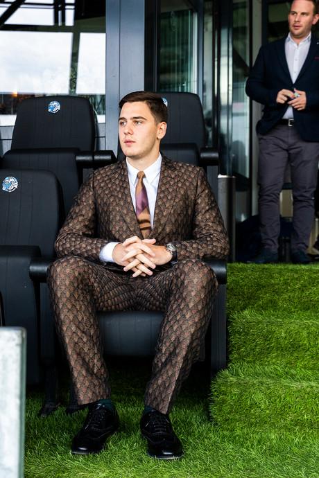 'Knakie' Jordania laat FC Den Bosch weer schitteren. Hoe zit het met zijn financiën?