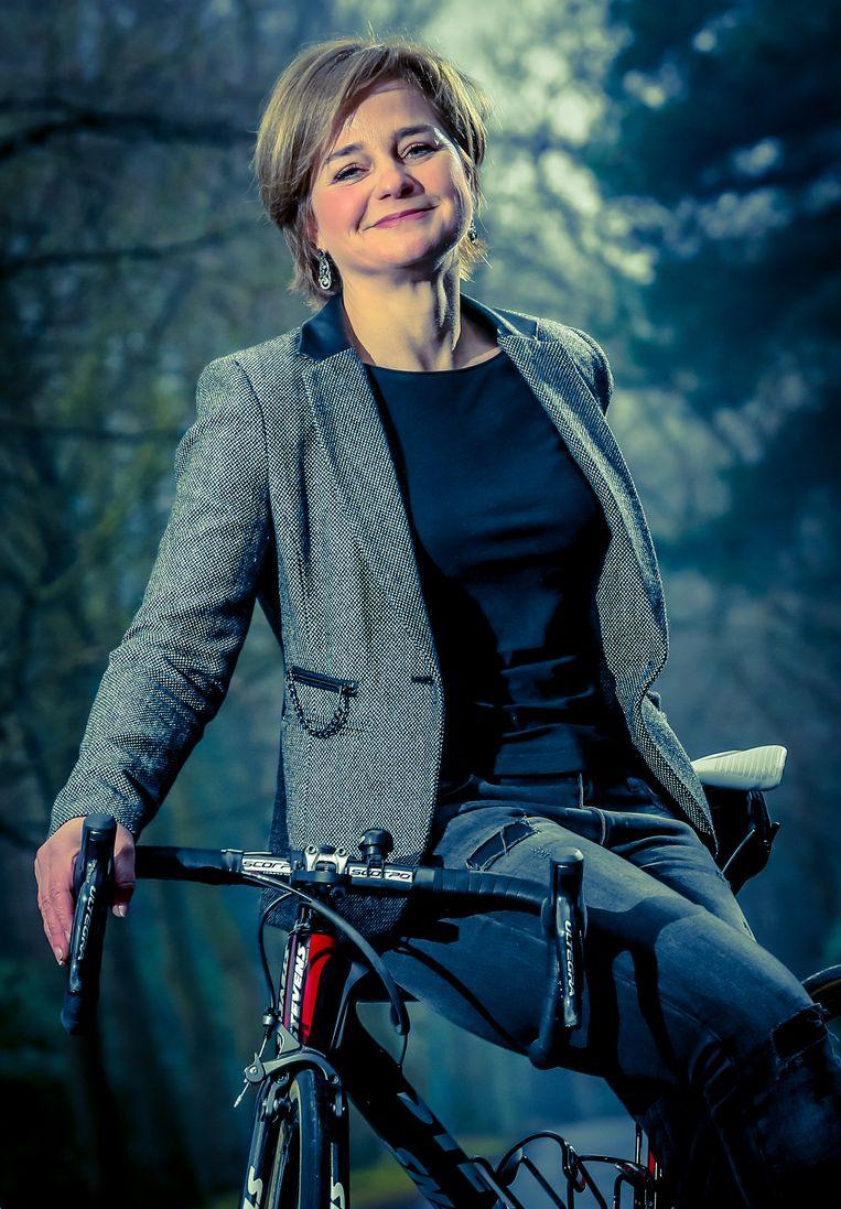 Corinne Poulidor, mama van wielrenners Mathieu en David van der Poel, echtgenote van Adrie en dochter van 'Poupou'.