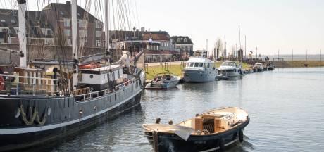 Corona houdt boten niet weg uit Harderwijkse haven: 'zolang we maar afstand houden'