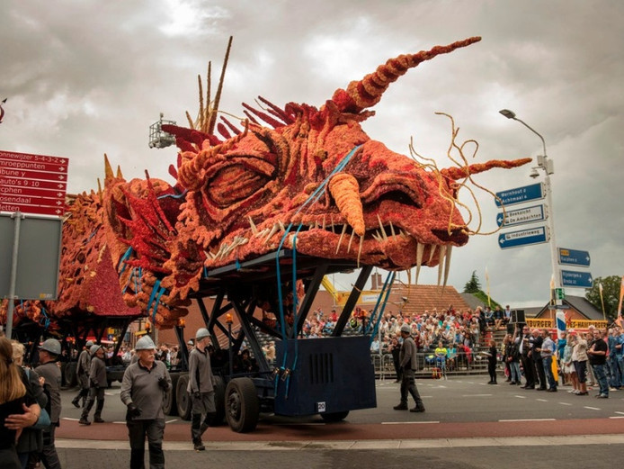 Gevaarlijk Transport van Buurtschap Tiggelaar won de vorige editie van het Corso Zundert.