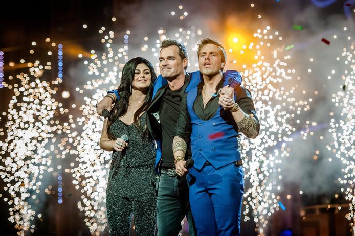 Roxeanne Hazes, Jeroen van der Boom en André Hazes tijdens Holland zingt Hazes