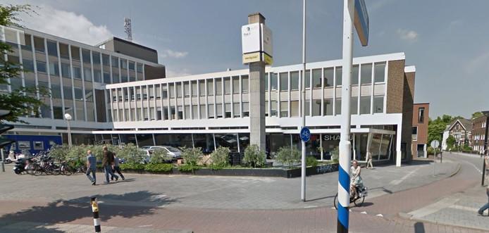 De Nefkensgarage wordt ook tot gemeentelijk monument bestempeld.