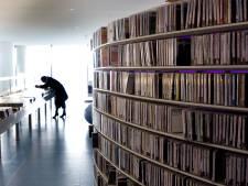 Meisje (9) bij voorbereiding spreekbeurt in bibliotheek Apeldoorn lastiggevallen en betast door 35-jarige man