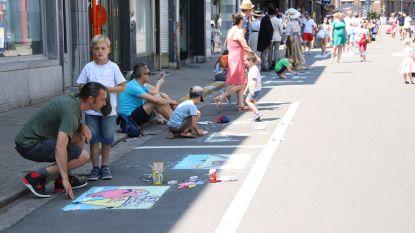 78 tekenaars zorgen voor kleurrijke straten tijdens Midzomerzondag