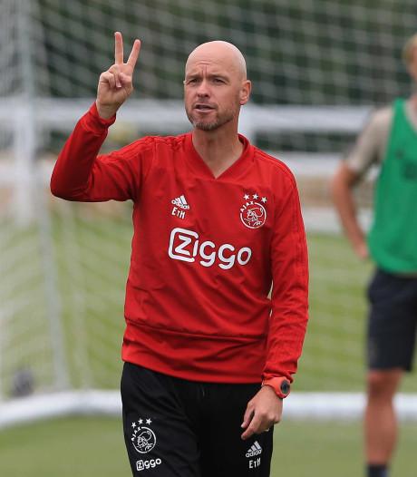 Ajax-trainer Ten Hag voert verbeten strijd tegen de klok