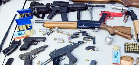 Grapperhaus: woningen makkelijker sluiten bij wapenvondst