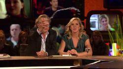 """Jan Mulder start watergevecht: """"Niet met rode wijn, dat gaat er niet uit!"""""""