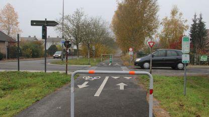 Fietssnelweg in Kluisbergen krijgt opfrisbeurt en fietser krijgt meteen vaker voorrang