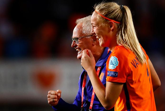 Stefanie van der Gragt met Foppe de Haan.