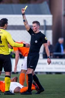 Profvoetbal dichterbij voor arbiter Van der Laan uit Cuijk