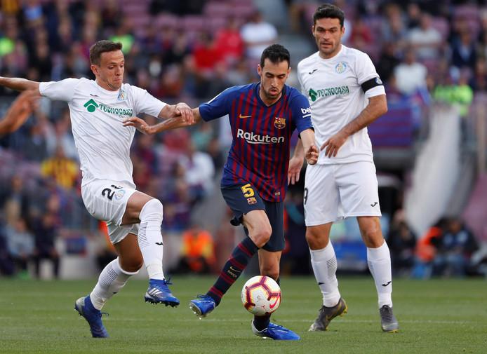 Ook Sergio Busquets werd zondag uitgefloten door de Barcelona-fans in de wedstrijd tegen Getafe.