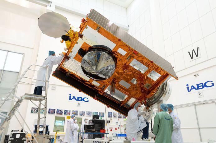 De Sentinel-6  satelliet werd uitvoerig in Duitsland getest.