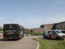 Partybus vol RKC-supporters mag Nijmegen niet in: vijf mannen aangehouden na onrustige rit