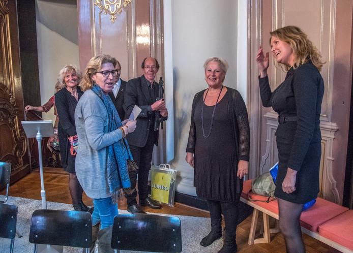 De Grote Kerk in Zwolle was het toneel van de Nationale Transgender gedenkdag .